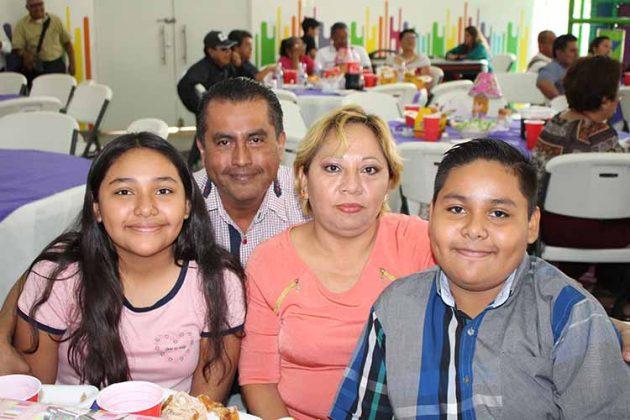 Familia Fuentes Olaldes.