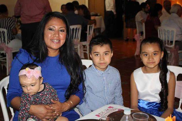 Familia Martínez Caballero.
