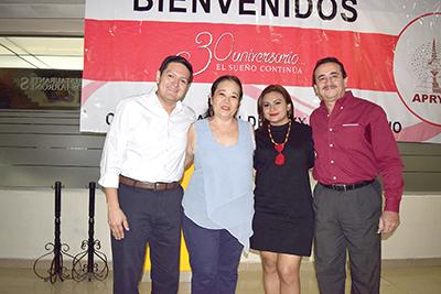 Enrique Zamora Morlet, Marichu Chang, Lupita Pacheco de Zamora, Alejandro Ocampo.
