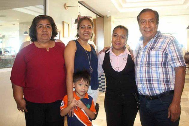 Familia Sánchez Sainz.