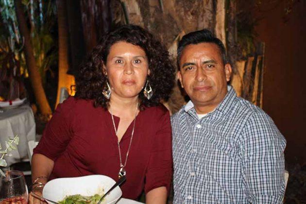 Hortencia González, Juan Rosales.