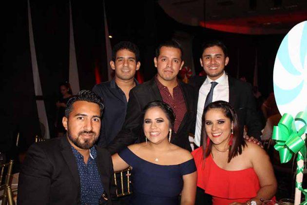 Carlos Raúl, Karen Cuan, Ariana, Gerardo, Mario, Diego García.