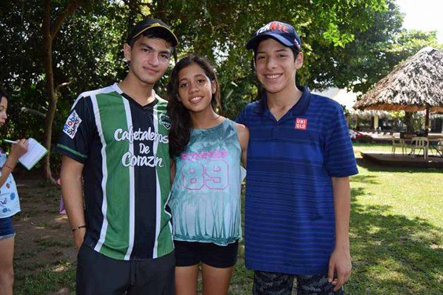 Rodrigo Grajales, Tania Peña, Arik Gómez.