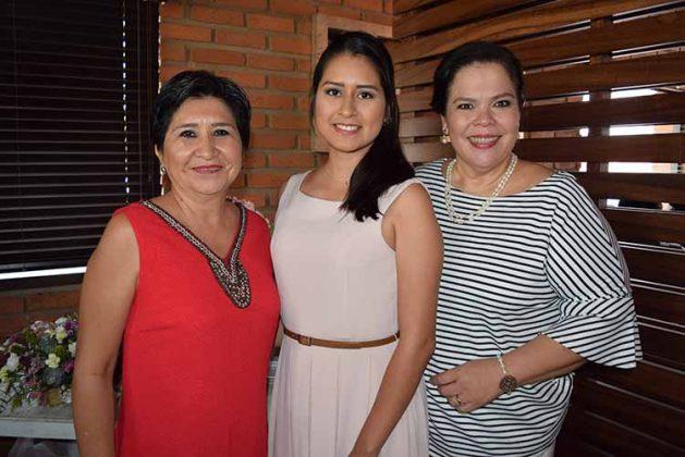 Amanda Echeverría, Citali Juárez, Cielo Tellez.