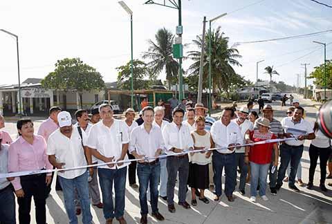 En Tonalá, el Gobierno del Estado invirtió 53 mdp para construir el nuevo Boulevard que conecta a Cabeza de Toro y Puerto Arista con Playa del Sol.