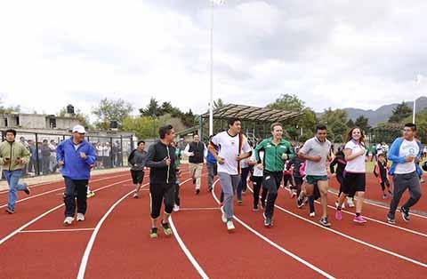 Mil Espacios Deportivos Construidos y Rehabilitados en Chiapas: Velasco