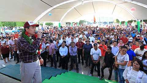 Se Reúne Rutilio Escandón con Simpatizantes y Militantes en Suchiate