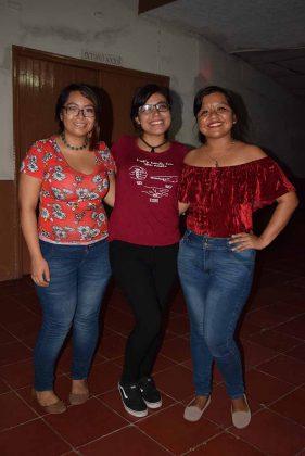 Laura Gómez, Fanny Armenta, Rosy Soto.