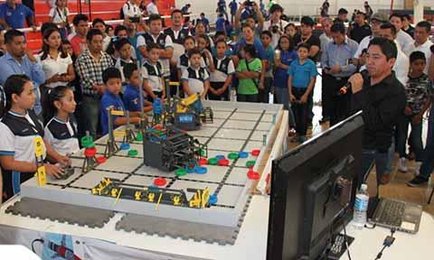 Inicia Torneo de Robótica Organizado por la UPTAP