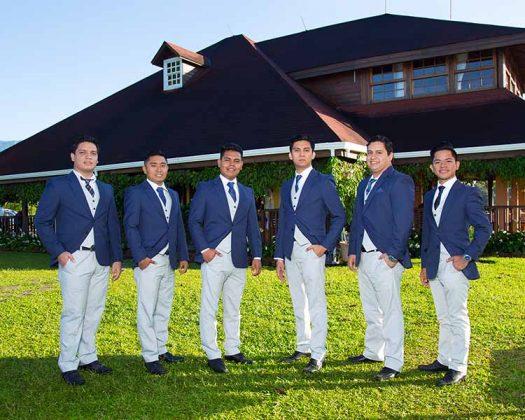 Licenciados en Contaduría por la Universidad Autónoma de Chiapas.