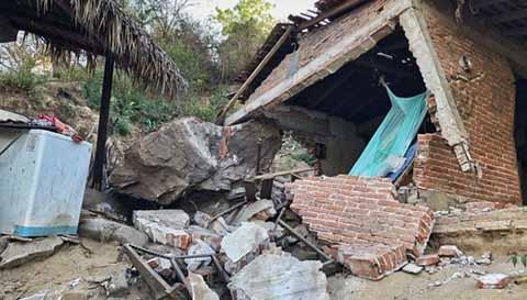 Suman 4 mil Casas Dañadas por Sismo de 7.2 en Oaxaca