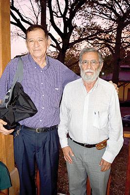 José Betanzos, presidente del Club de Ajedrez de la Casa de la Cultura de Huehuetán; Mario Penagos, club de Ajedrez de San Cristóbal de Las Casas.