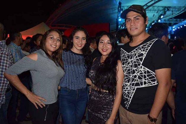 Cony, Guadalupe, Selena Santos.