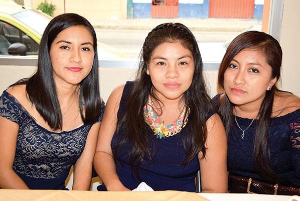 Susi Barrios, Araceli Reyes, Norma Verdugo.