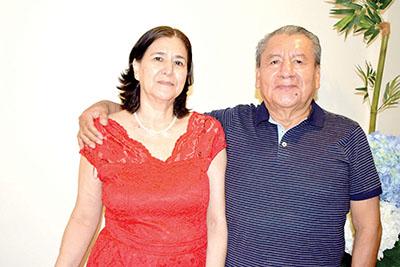 Rogelio Contreras, Marlene Soria.