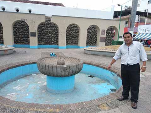 Centro Histórico Convertido en Basurero y Baño al Aire Libre