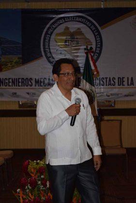 René Simón Ortega, presidente del CIME Costa de Chiapas, clausurando el evento.