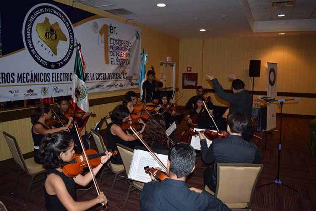 Orquesta Sinfónica Esperanza Azteca Chiapas.