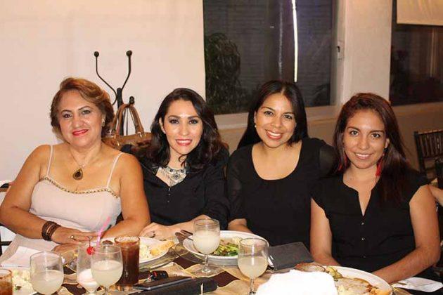 Noemi Fuentes, Landy Barrientos, Leila Balderas, Ingrid Balderas.