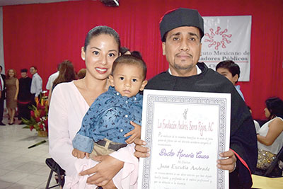 Gladys Rodríguez, Juan Raúl Escutia, Juan Escutia Andrade.