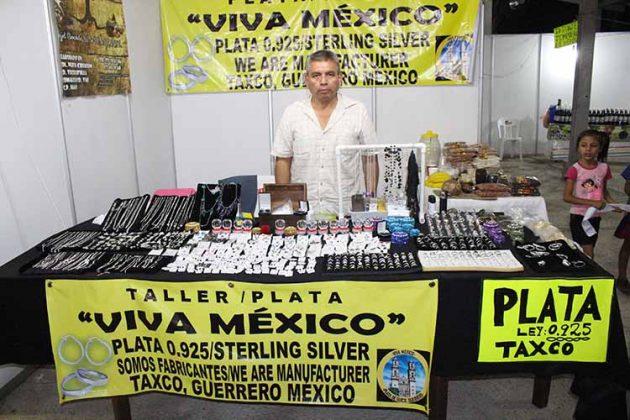 Martín Mota: Plata Viva México.