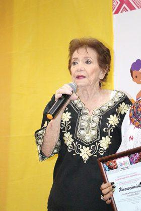 Gloria Palomeque Díaz (Paloma Díaz).