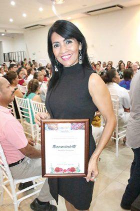 Elsy Paz Saldaña.