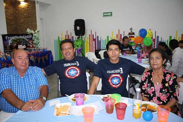 Joel Romero, Aziel, Aziel Villalobos, Esperanza Maldonado.