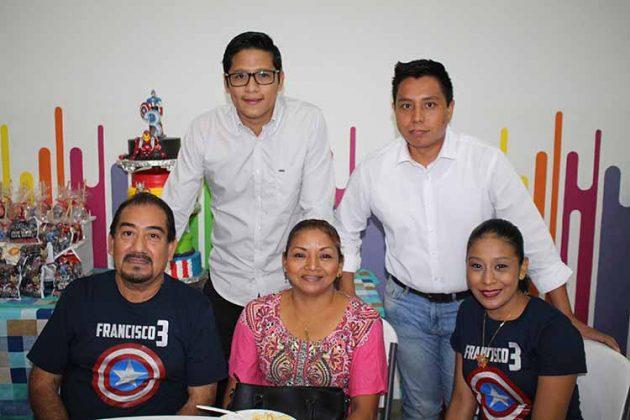 Familia Pantoja Vázquez.