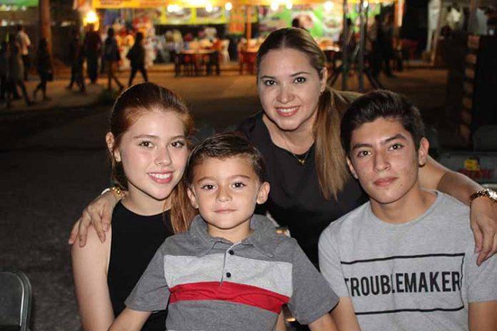 Loreto, José, José Manuel, Loreto Tarango.