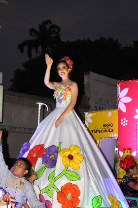 Daniela Cázares, asciende hoy al trono de la Expo Feria.