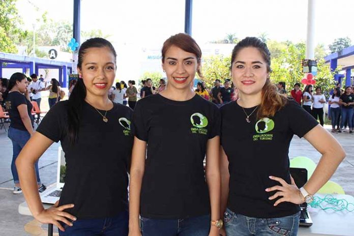 Margarita López, Yamel Cancino, Fernanda Cuan.