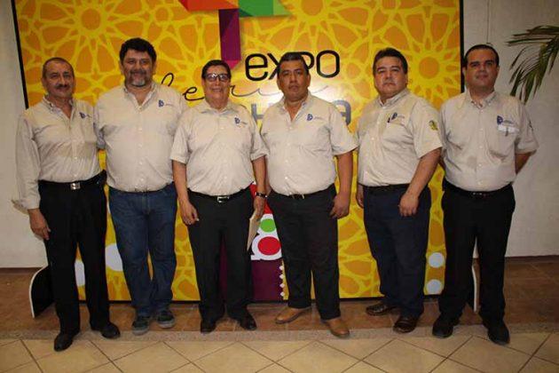Gilberto de León, Alejandro Martínez, Fernando López, Francisco Vázquez, Jorge Mina, Luis Maldonado, Jueces.