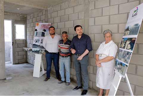 Entrega Fernando Castellanos Viviendas Nuevas en Tuxtla