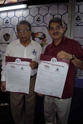 Carlos Murillo Pérez, presidente de CANACO Tapachula; Jorge García Ochoa, presidente Cámara de Comercio de Guatemala, filial Quetzaltenango.