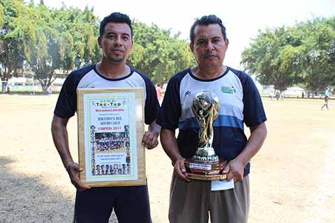 """Halcones, Campeones en Liga """"Tec-Tap"""""""