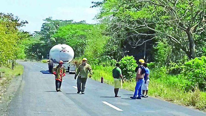 Fuga de Gas de Pipa Alertó a las Autoridades