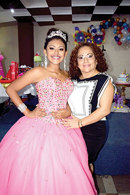 Diana Morales , Claudia Patricia Gómez.