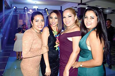 Angie Jiménez, Estrella Hernández, Ivette Ulloa, Keyri de Martínez.