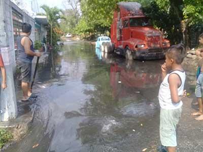 Aguacero de Ayer Causó Inundaciones en Antorcha Viva