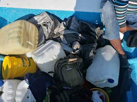 SEMAR Asegura Dos Embarcaciones y 730 Litros de Combustible