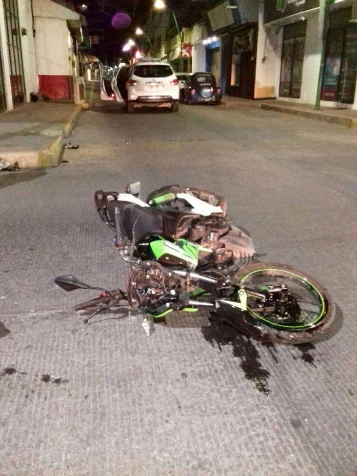 Motociclista Causa Accidente y Huye