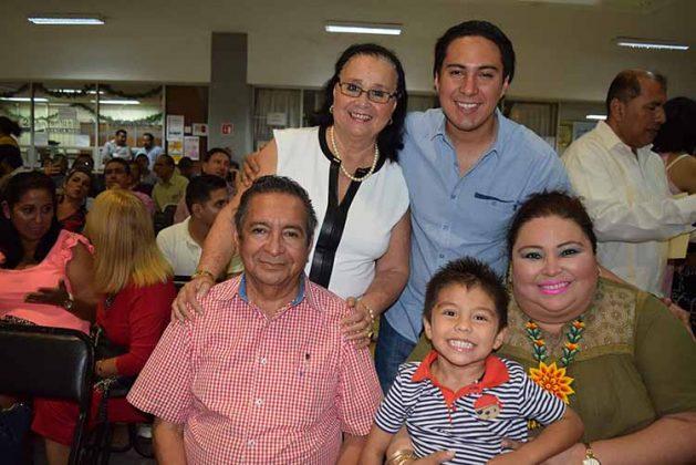 Familia López Espinal.