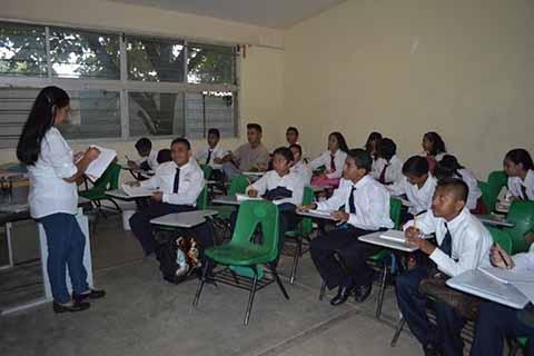 UNICEF Creará Ambientes Saludables en Escuelas Dañadas por Terremoto