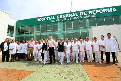 El mandatario destacó que este complejo de salud totalmente equipado, ayudará a fortalecer la cultura de la prevención y atención oportuna de enfermedades, sin que los habitantes de esta zona tengan que ir a otras regiones o Estados.