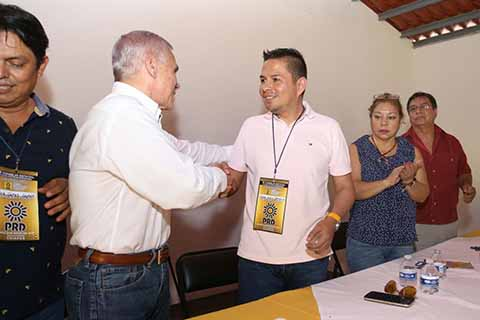Aguilar Bodegas Candidato Oficial del PRD Para la Gubernatura