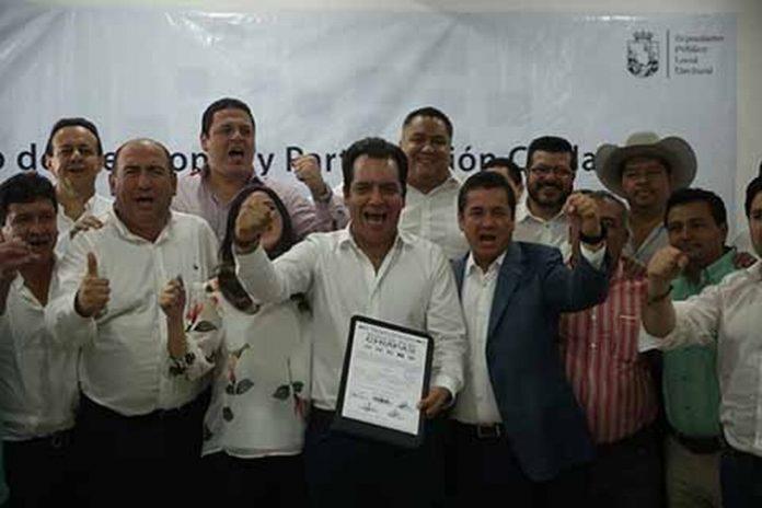Se Registra Albores Gleason Como Candidato a Gobernador por el PRI, PVEM, PANAL, Mover a Chiapas y Chiapas Unido