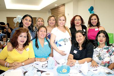 Conchy Osorio, Martha Moreno, Vero Tavernier, Vero Olivares, Sandra Castillo, Anita Villatoro, Magdalena Mora, Ada González e Hilda Cancino.