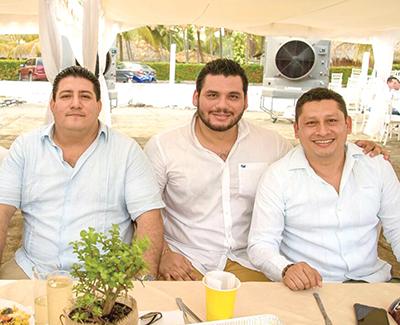 Emmanuel Nivón, Paul Muñoz, Dagoberto de la Cruz.