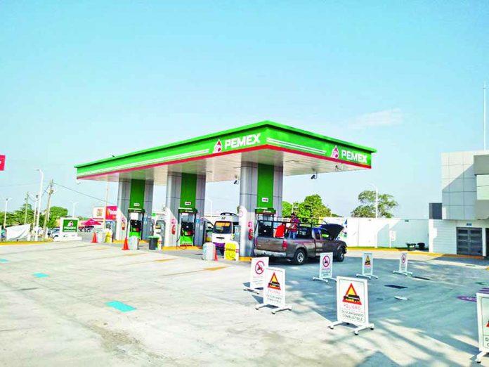 A Punta de Machete Asaltan Gasolinera La Perla